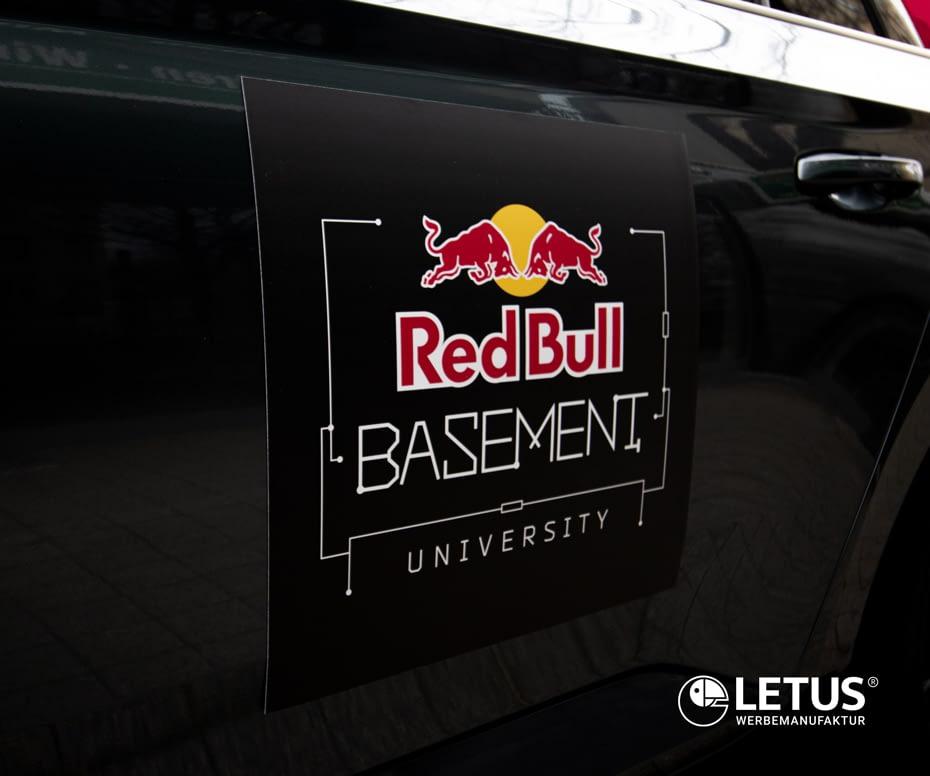 """Fahrzeugwerbung auf Magnetfolie """"Red Bull"""""""